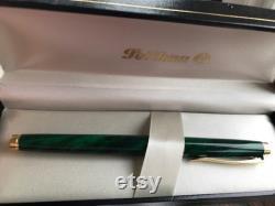 1998 PELIKAN fountain pen, CELEBRY LINE, Smaragd Green and Gold, 585 14c Gold Nib