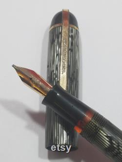 Eversharp Skyline Fountain Pen (modern Stripe Gray) 1941 48