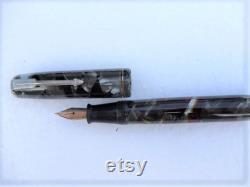 Parker Vacumatic Canada ink pen marbled pen original Parker arrow nib 1949
