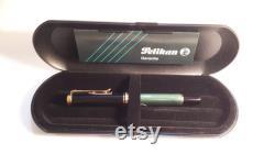 Pelikan Souverän M600 Fountain Pen, Medium Nib, Black Green