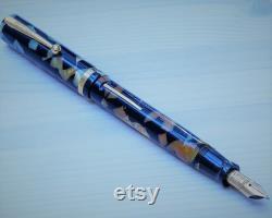 Sheaffer's Senior Oversize Lifetime Flat Top Fountain Pen.