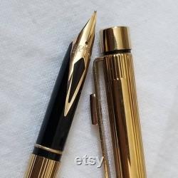 Sheaffers Targa Slim Gold Plated Fountain Pen Vintage Fountain Pens Vintage Pens Parker Pens Eversharp Fountain Pens Gold Nibs