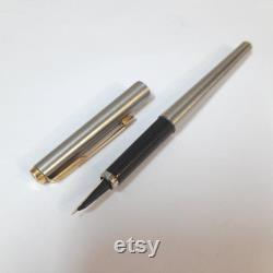 Vintage Parker Flighter 180 Stainless Steel Gold Trim Fountain Pen