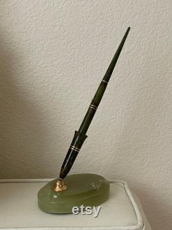 Vintage fountain pen hallmarked Wahl-Eversharp made in Chicago USA circa 1940 s