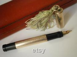 WILLIAMSON fountain pen in GOLD 18 KR and gold 14KT in box original 1940s