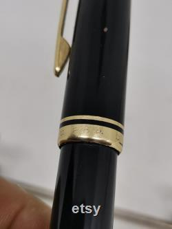 montblanc 264 foumtain pen in extra good working condition
